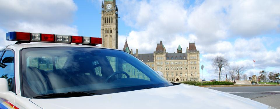 Civilian employees at the RCMP better off with PSAC